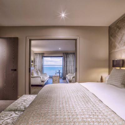 Copy of AH BLVD Hotel__056